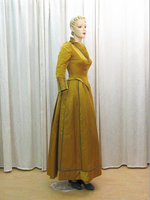 spitze berlin historische bekleidung textilien accessoires von 1860 1960. Black Bedroom Furniture Sets. Home Design Ideas